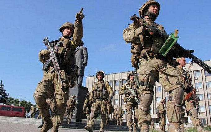 Боевики на Донбассе стреляли до полуночи - штаб АТО