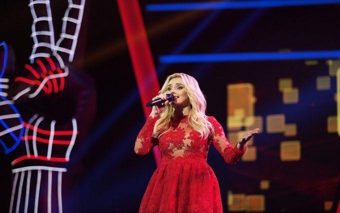 """""""Голос країни-8"""": ще одна відома артистка справила фурор на шоу"""