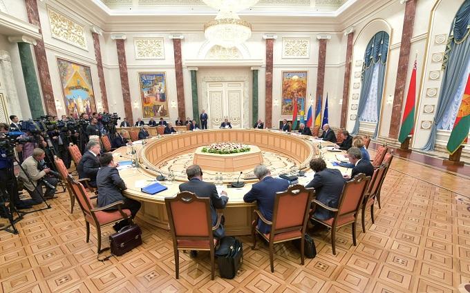Нові переговори щодо Донбасу: у Кучми розповіли про підсумки