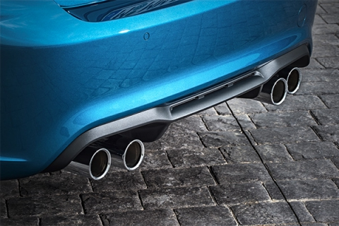 BMW представила «заряджену» версії купе 2-Series - M 2 (10 фото) (9)