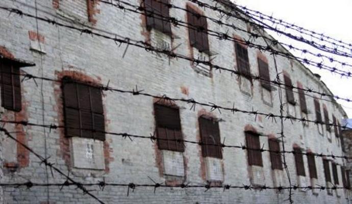 Заключенные мексиканской тюрьмы взбунтовались: есть жертвы