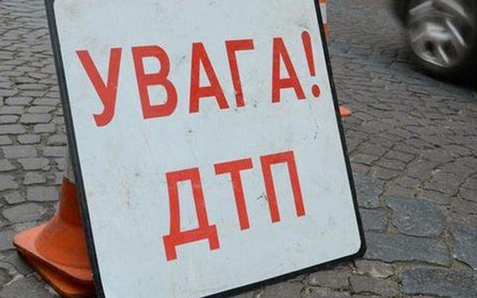 """У Києві дівчину збили на """"зебрі"""": з'явилися фото"""