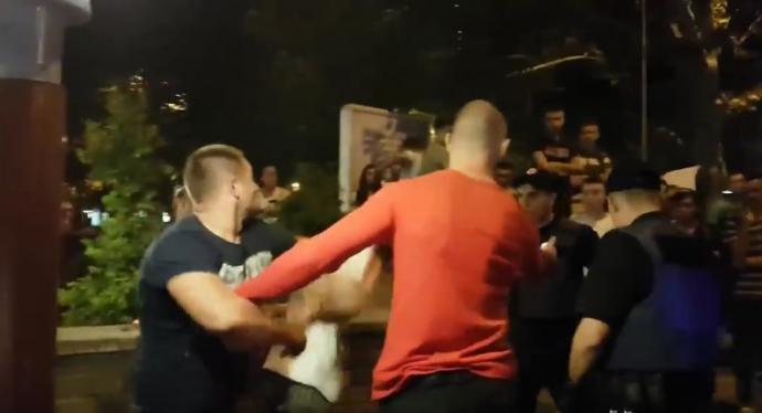 У Миколаєві п'яні молодики на Mercedes влаштували дебош з бійкою: з'явилися фото і відео (1)
