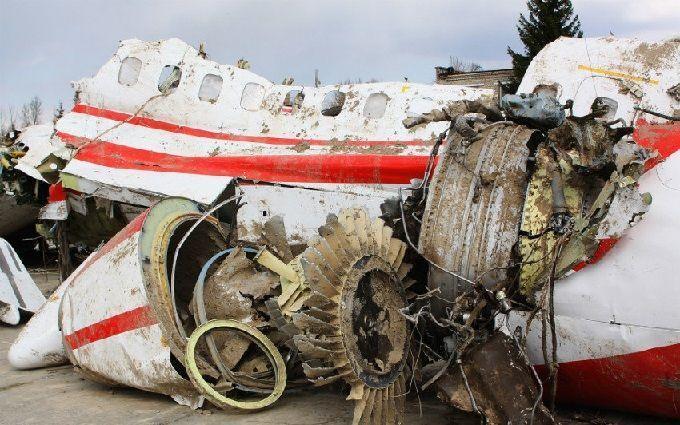 Смоленська катастрофа: після ексгумації в труні генерала знайшли фрагменти тіл семи загиблих
