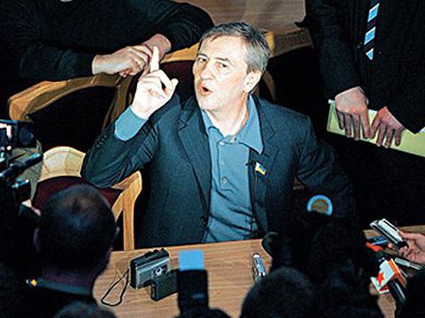 СМИ: ПР уступила мажоритарные округа Киева людям из команды Черновецкого