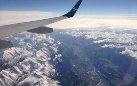В швейцарских Альпах разбился туристический самолет, погибли 20 человек - СМИ