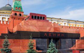 Экс-премьер России рассказал о приказе Ельцина снести мавзолей Ленина