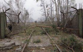 Вибухи під Ічнею: з'явилися нові кадри кошмарних наслідків пожежі на військових складах