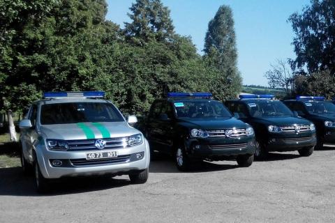 Сьогодні українські прикордонники отримали 39 позашляховиків Volkswagen Amarok