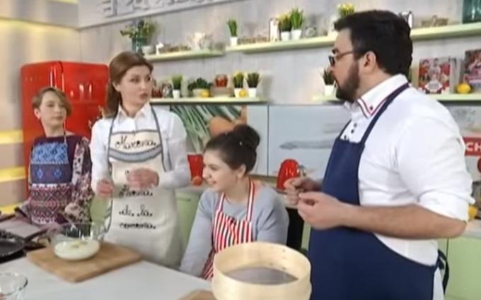 Жена Порошенко продемонстрировала кулинарный талант: появилось видео