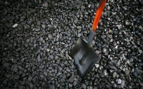 Россия экспортирует уголь с оккупированных районов Донбасса в третьи страны - Bloomberg