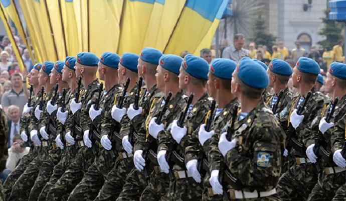 Порошенко на Варшавському саміті НАТО представить програму реформування ЗСУ