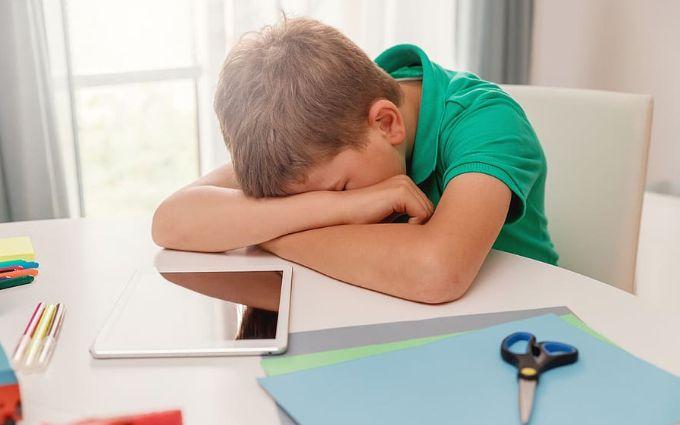 Вчені з'ясували, як недосипання змінює поведінку людини - що варто знати