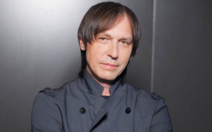 Відомий російський співак госпіталізований у важкому стані
