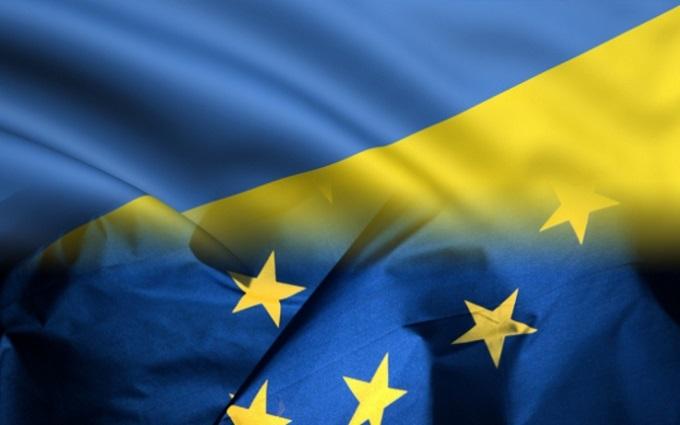 Решение по отмене виз для Украины отложили - журналист