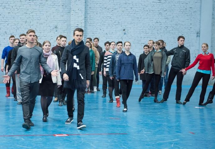 Ведущие Евровидения начали репетиции конкурса: появились фото (1)