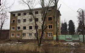 Обстрелы на Донбассе: появились новые страшные фото