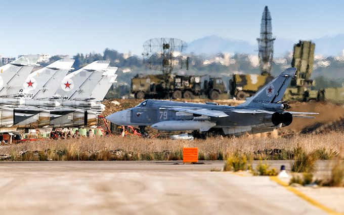 У Сирії обстріляли російську авіабазу, є жертви