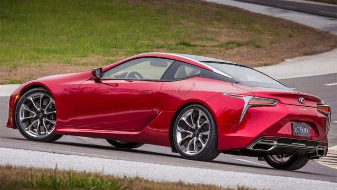 Компанія Lexus представила серійний спорткар LC500 (11 фото) (1)