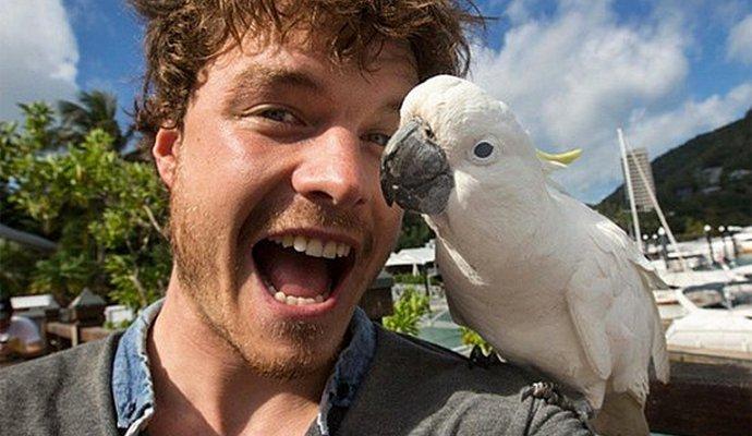 Ирландец стал знаменитым благодаря селфи с животными (7 фото)