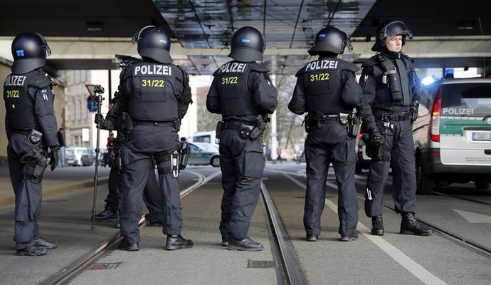 Нападения на женщин в Кельне: в полиции почти 400 заявлений