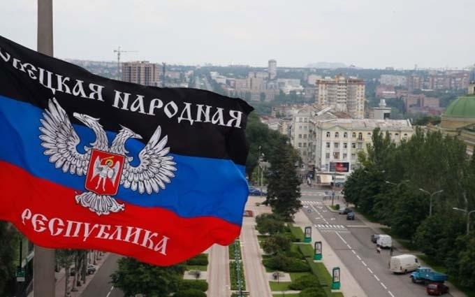 Бойовик ДНР розкаявся і здався, захопивши з собою російського військового: з'явилося відео