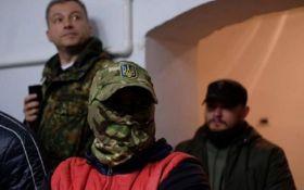 Сеть взбудоражил срыв показа фильма о геях в Черновцах: появилось видео