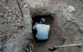 В Бахмуте задержали еще одного члена ДРГ боевиков, изъят арсенал оружия: появились фото