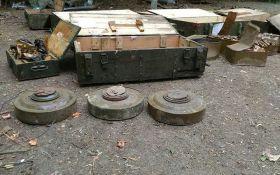 Гранатомет, мины и тысячи патронов: СБУ нашла два тайника с оружием в зоне АТО