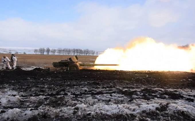 На Донбасі пройшли потужні бої: троє бійців ЗСУ поранені, у ворога чималі втрати