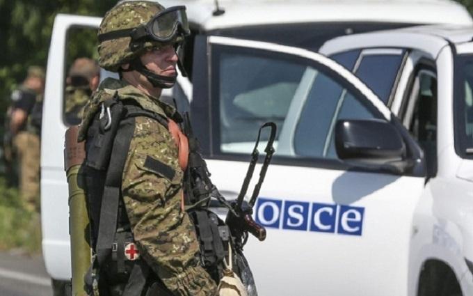 Озброєна місія на Донбасі: названі два ризики для України