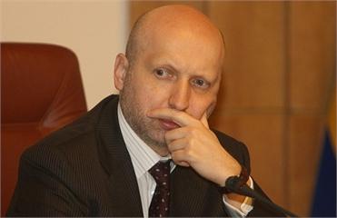 Турчинов: Оппозиция распределит между собой мажоритарные округа через месяц