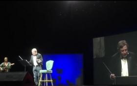 Повісив свій офшор на музиканта президент: з'явилося відео з новим віршем про Путіна і друга