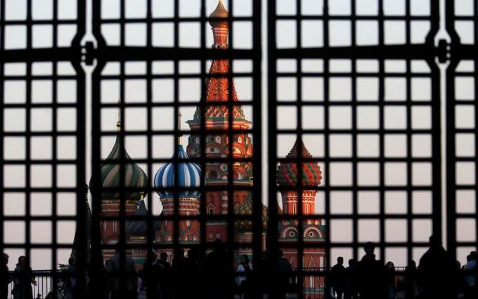 В России будут сажать в тюрьму за исполнение санкций США: в Госдуме готовят скандальный закон