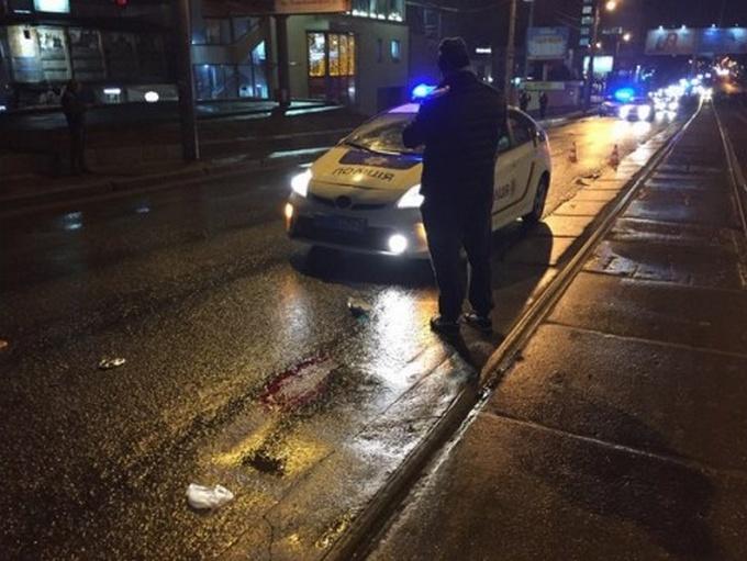 В Харькове машина патрульной полиции сбила пешехода: опубликованы фото (1)