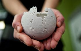 """Мы в опасности: """"Википедия"""" приостановила работу на четырех языках"""