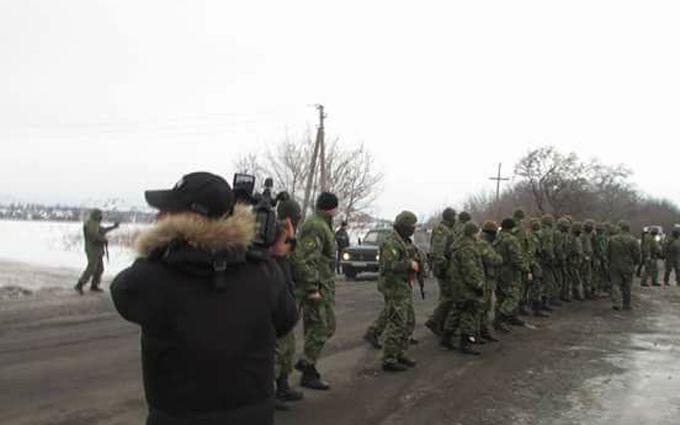 Активист блокады Донбасса дал пощечину главе Нацполиции Донецкой области