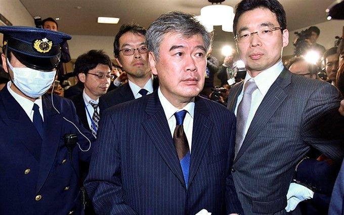 Стали известны последствия секс-скандала в руководстве Японии