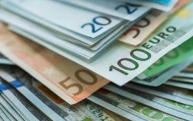 Курс валют на сьогодні 16 листопада: долар подешевшав, евро подешевшав