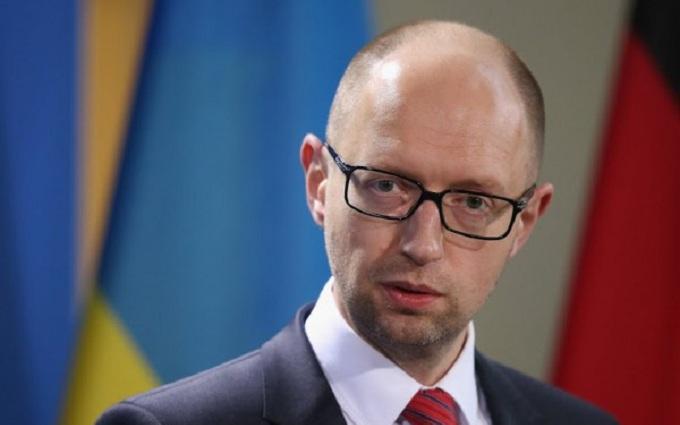 Яценюк ведет переговоры об обновлении коалиции с Ляшко