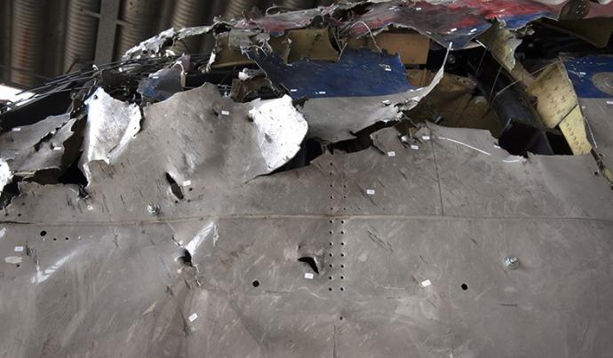 Як розслідують катастрофу Boeing над Донбасом: з'явилися фото процесу (1)