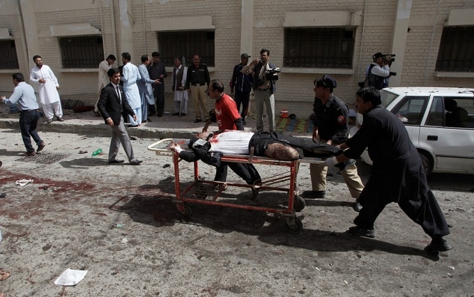 Масштабний теракт в Пакистані: з'явилися нові подробиці і відео