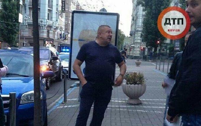 """У Києві відбулася """"мажорна"""" ДТП з п'яним водієм: опубліковані фото"""