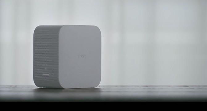 Sony анонсировала мини-проектор и Bluetooth-динамик с подсветкой (видео)