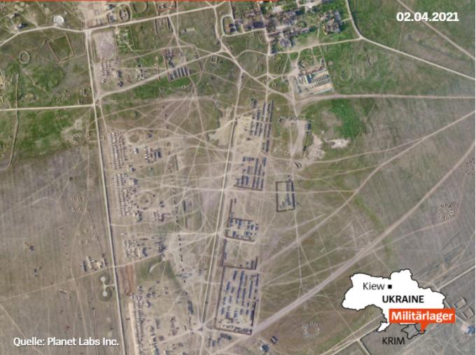 Spiegel показала новий військовий табір Росії в Криму на супутникових фото (2)