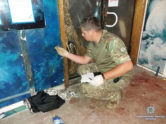 В Сумах прогремел мощный взрыв в ночном клубе: появилось видео с моментом взрыва гранаты и фото задержанного (3)