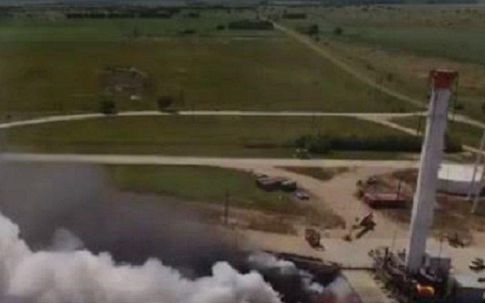 SpaceX провела вогневе випробування центрального блоку ракети для польотів на Марс: опубліковано відео