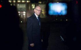 В аэропорту Швейцарии задерживали Яценюка: названа причина