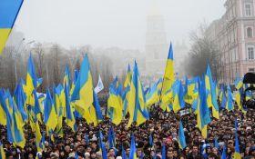 """Знайома носила бутерброди на Майдан, а її батько боявся """"правосеків"""" - очевидець про конфлікт поколінь на Донбасі"""
