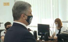Порошенко допрашивают в суде по делу Януковича и аннексии Крыма - прямая трансляция
